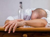 Heavy drinkers should be denied liver transplants