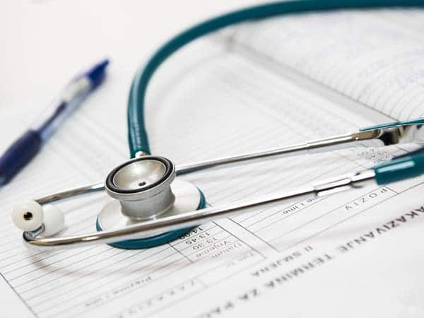 Rich countries should actively recruit medical personnel from poorer countries